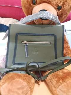 FENDI GREN BAG AUTHENTIC
