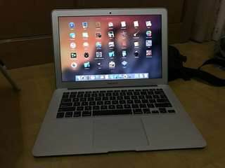 Jual Macbook Air Mid 2013 - MD761LL/A