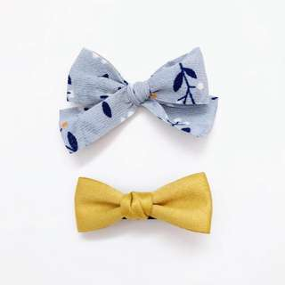 🚚 [One for $4 / Two for $7] Baby Hairclip-Hand tied bow