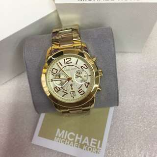 Michael Kors (OEM) with complete package.