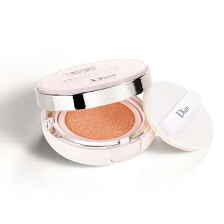 Dior Capture Dreamskin Moist and Perfect Cushion (Shade 012)