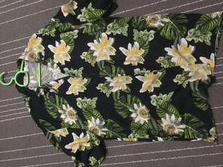 H&M Floral polo shirts (S/M) fit all