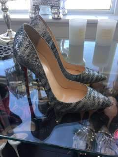 Beautiful Louboutin silver sparkle so-Kate's