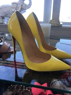 Louboutin patent yellow RARE so Kate's !