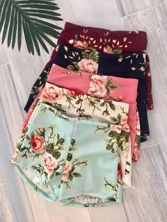 New! Floral shorts