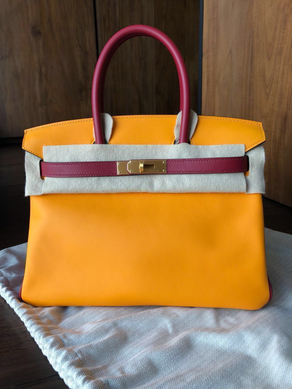 a37e79f17e Authentic Brand New Hermes Birkin 30 HSS Veau Swift Jaune D or + ...
