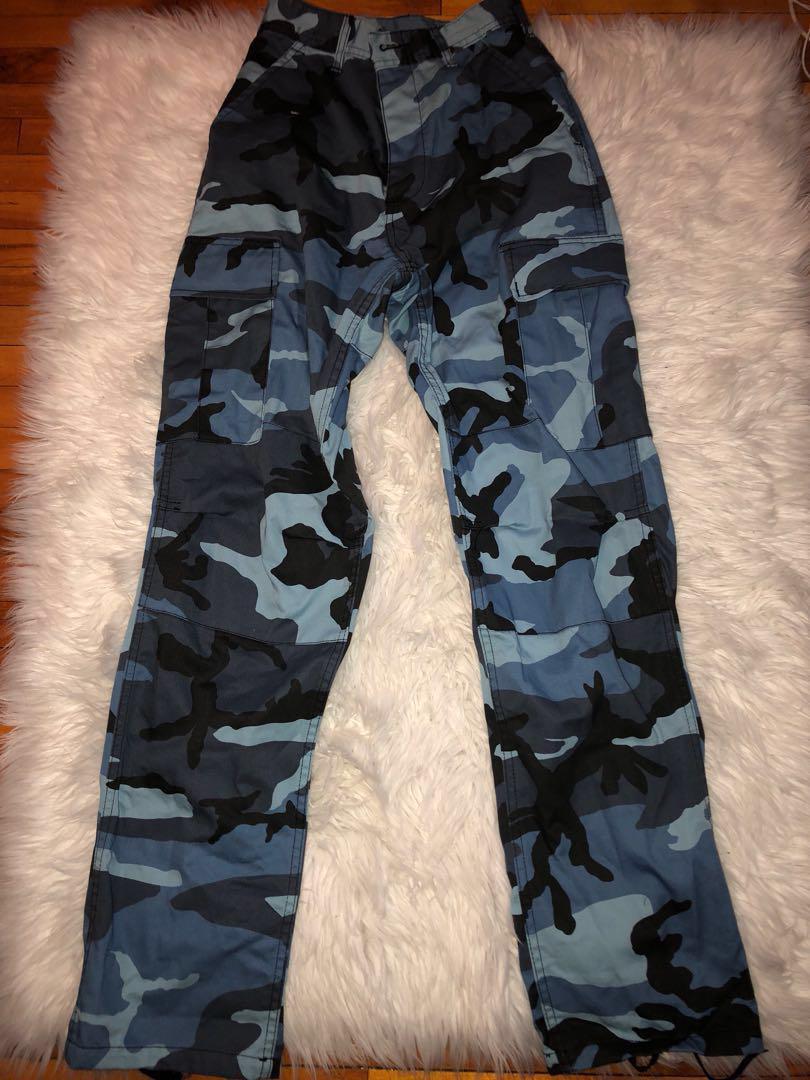 Blue Camo Pants // Size 23-27