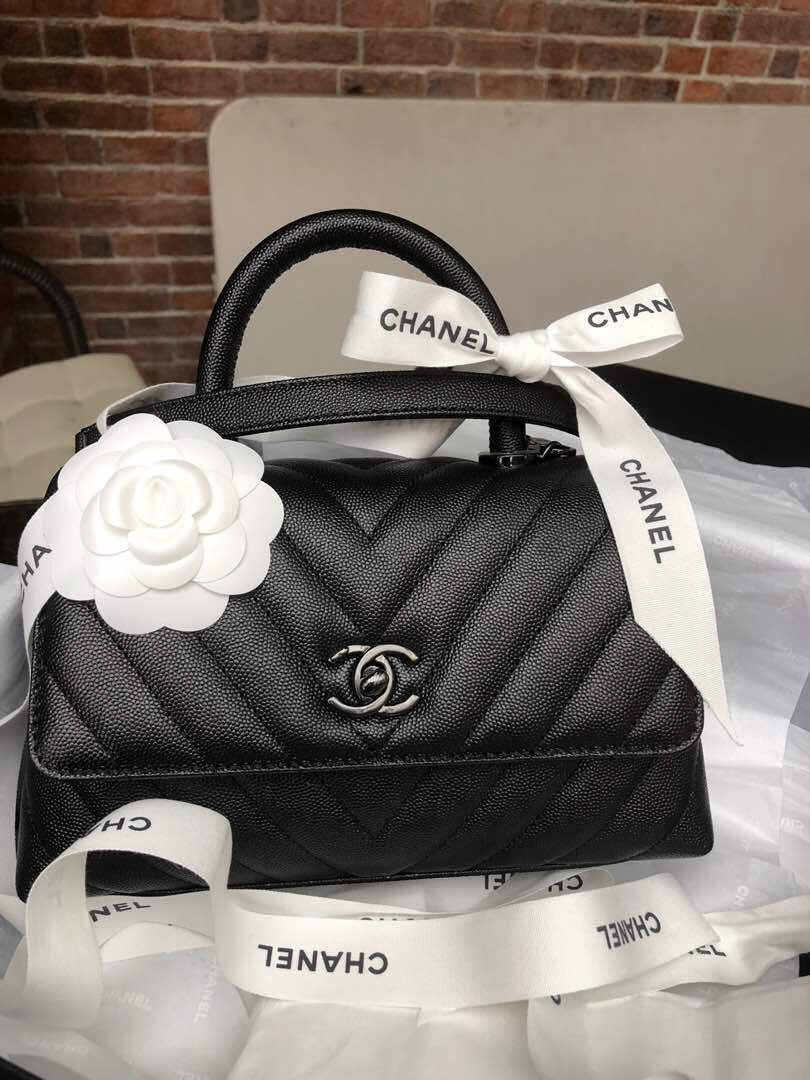 7d47f0b900d0 BNIB Chanel Coco Handle mini so black hardware! Rare!, Luxury, Bags &  Wallets, Handbags on Carousell