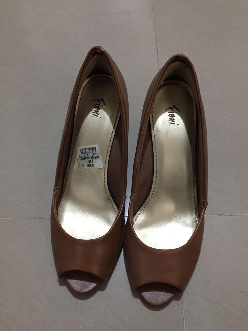 20398bd37e3 Fioni Peep Toe shoes