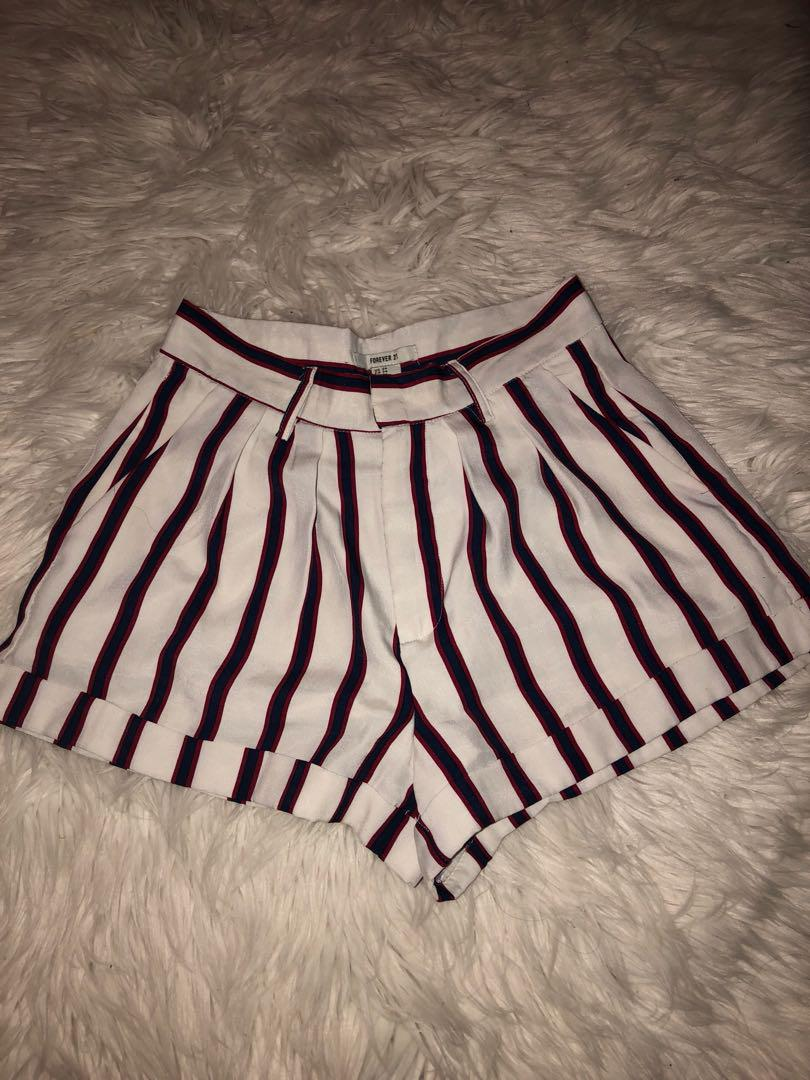 Forever 21 Shorts // Size 24