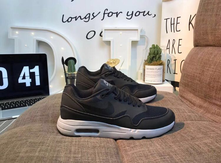 f0a3622a Nike Air Max 1 Ultra 2.0 Essential Black, Men's Fashion, Footwear ...