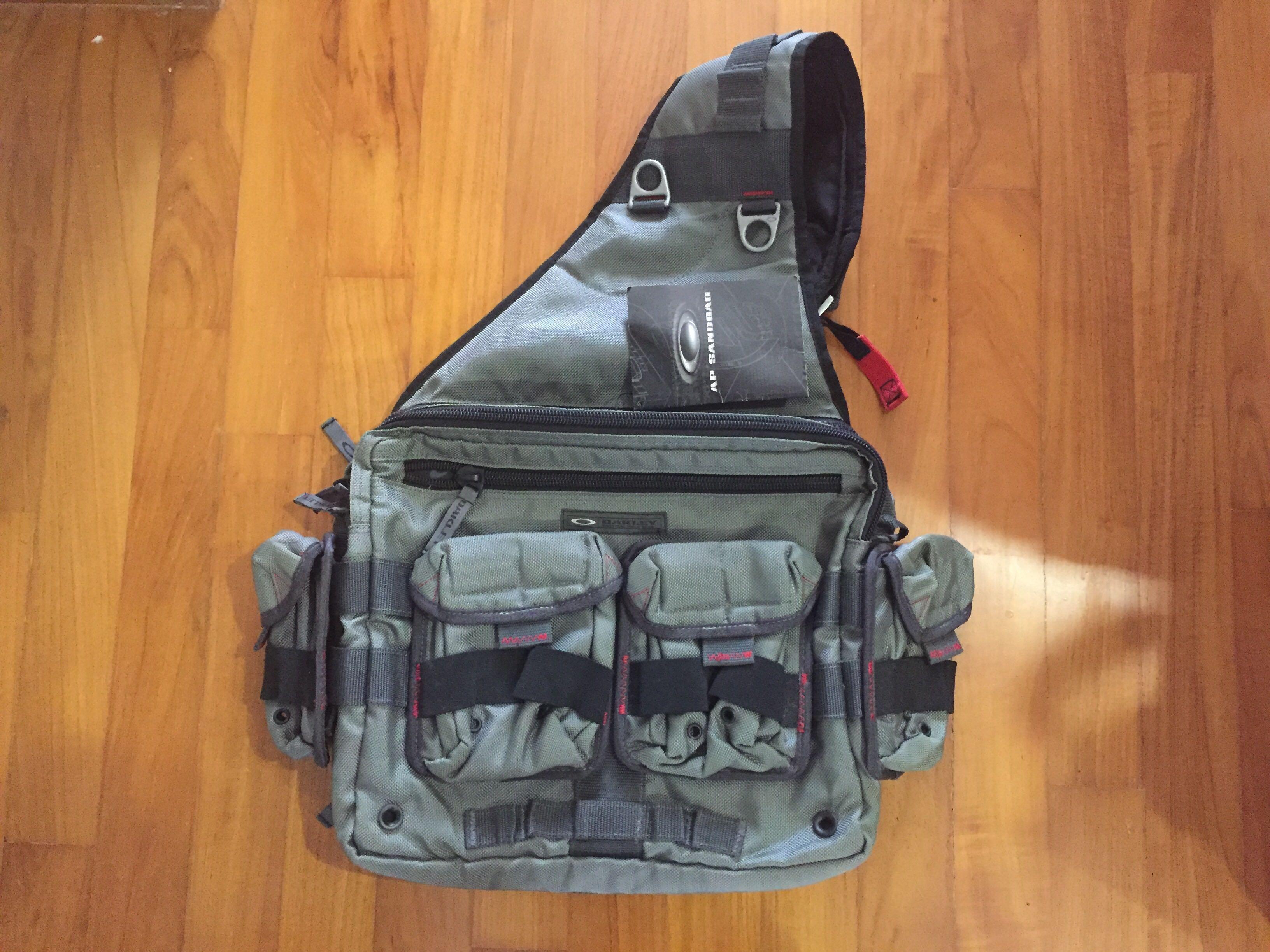 5048836acd Oakley AP Bag Messenger Laptop Bag
