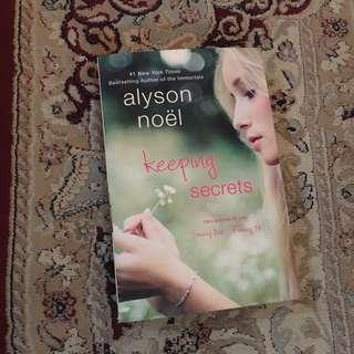 Keeping Secrets by Alyson Noël