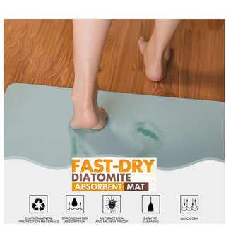 🚚 Diatomite Mat Fast Absorbent Bathroom Mat