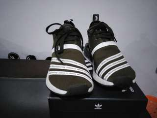 Turun harga Adidas NMD R2 PK × White Mountainering size 40 2/3