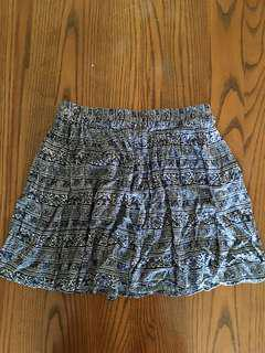 XS/S Blue and White Flowy Skirt