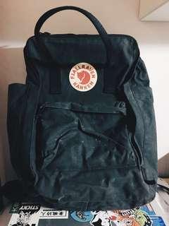 Kanken Backpack for MacBook black