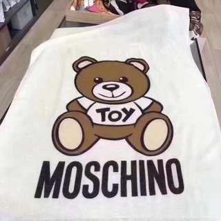 Moschino scarf 圍巾