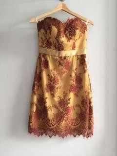 Premium Brokat Dress