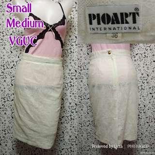 White lace skirt - pencil cut