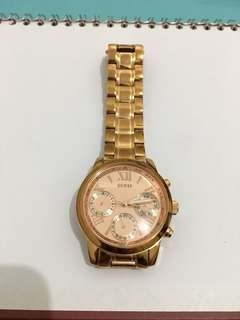 Guess type w0448L3 rose gold