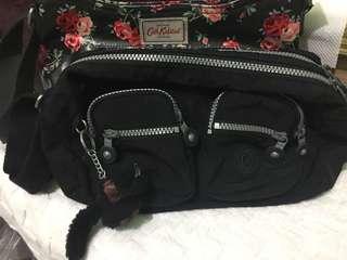 Preloved Kipling sling bag