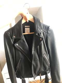 Zara leather jacket size s