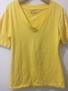 Assorted shirt bundle 3pcs