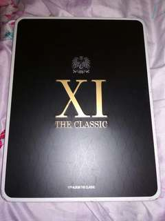 SHINHWA 11th Album The Classic Limited Edition