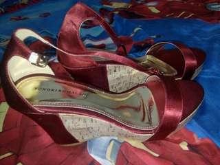Highheels sandal yongki komaladi