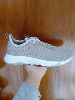 Sepatu adidas superflex cream