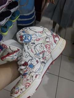 Authentic Reebok Hello Kitty Limited Edition