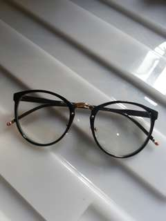 Metrosunnies Patty Black Oversized Eyeglasses