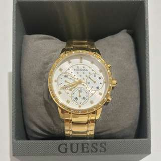 NEW Guess Analog Watch W1022L3
