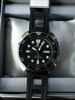 Seiko Black Turtle Watch-Preloved