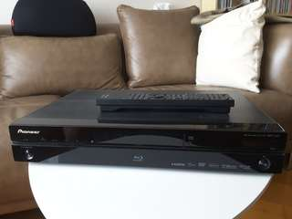 Panasonic blue ray player BDP320