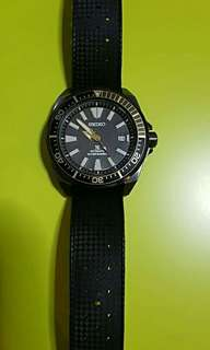 Seiko Samurai Watch (Black/Gold) Preloved