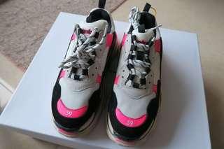 Balenciaga 巴黎世家 triple S 波鞋
