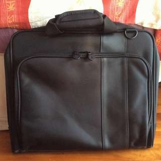 🚚 Brand New Lenovo Black Thinkpad Laptop Or Tablet PC Bag