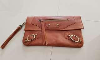 Sale benvel origanal leather clutch