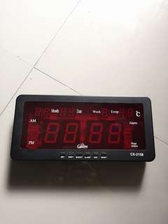 Electric desk clock