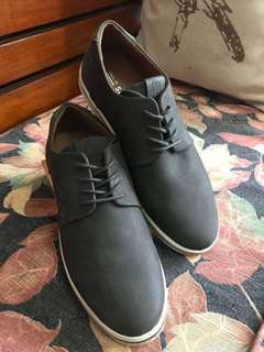 Call it Spring men's shoes in Ash Gray color