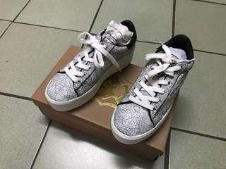 🚚 ASH爆裂紋厚底休閒鞋(36號)
