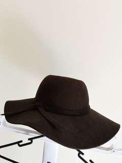 Brown winter floppy hat