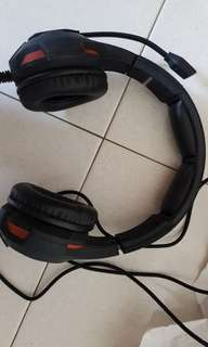 2 Armageddon pulse 7 headphones