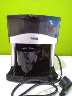 2-cups coffee maker