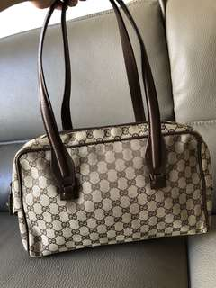 Classic Gucci monogram canvas shoulder bag