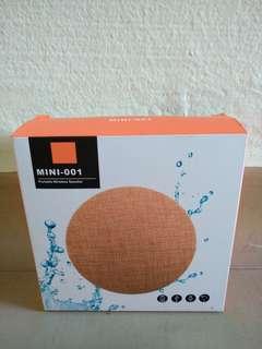 Mini OO1 Portable Speaker