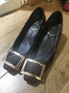 Roger Vivier Pumps RV