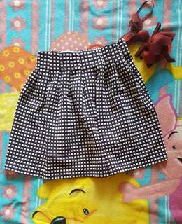 Rok lucu black and white